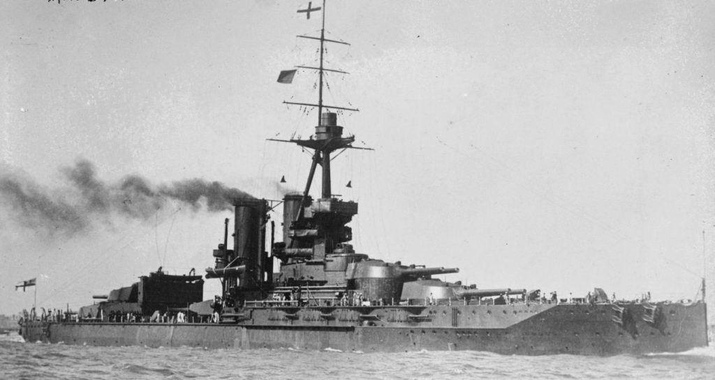 Eski İngiliz Savaş Gemisi