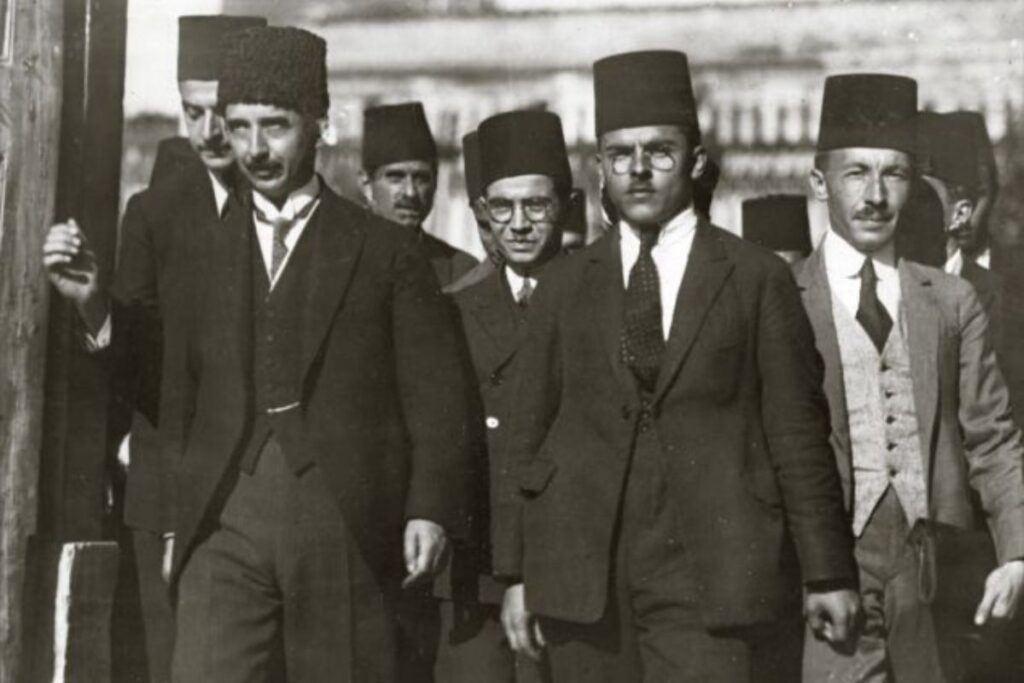 Lozan antlaşmasında Türk heyeti