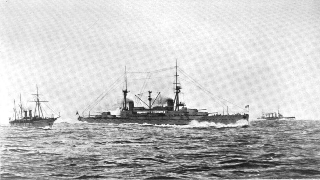 Sultan Osman savaş gemisi