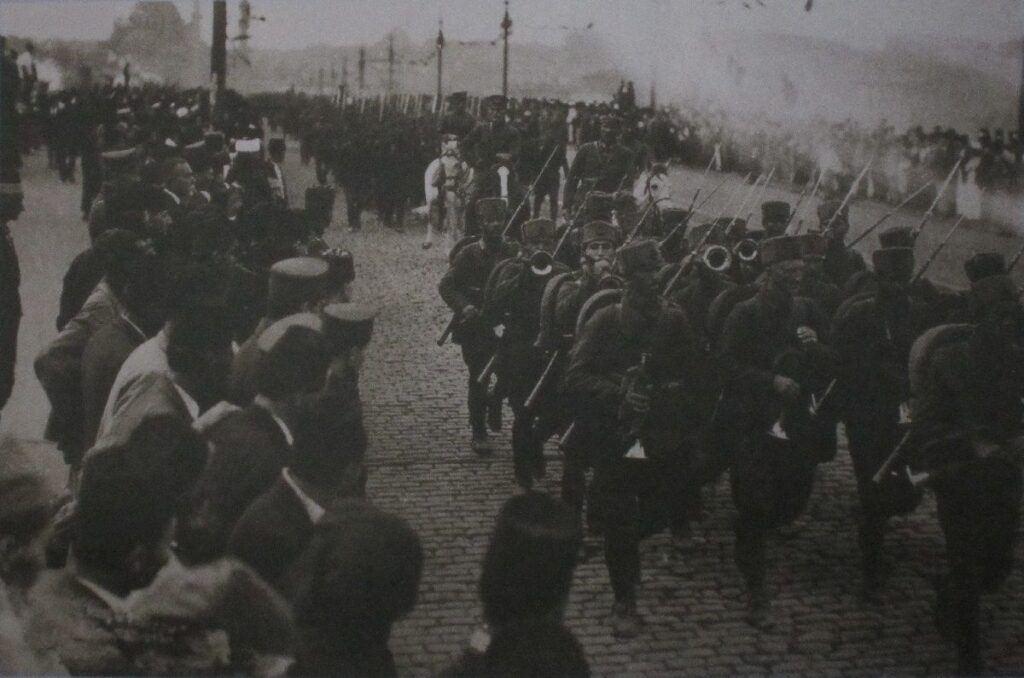 Türk askerinin istanbula girişi